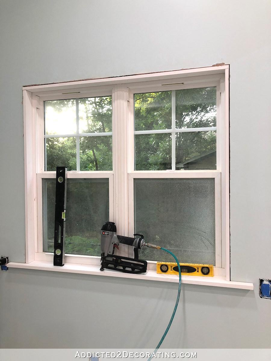 Comment installer des châssis de fenêtre - installer des jambages latéraux