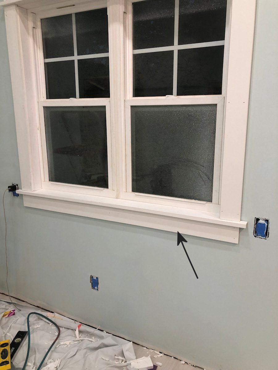 Couper et installer le tablier de fenêtre sur 1