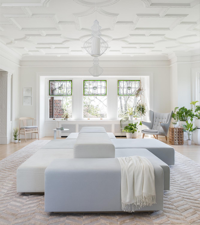 salon traditionnel avec un mobilier moderne