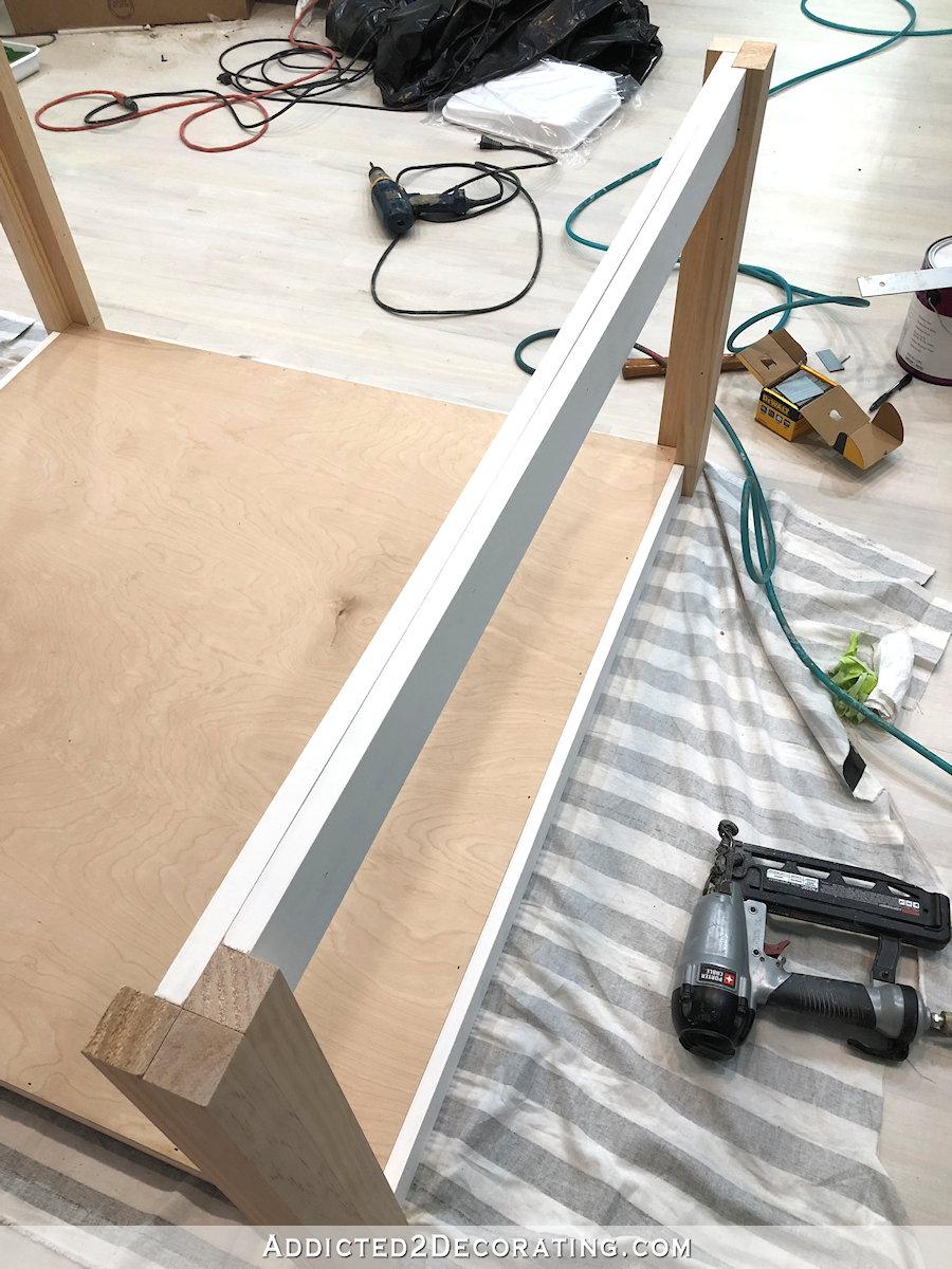comment construire une grande table craft - 17 - ajouter un tablier