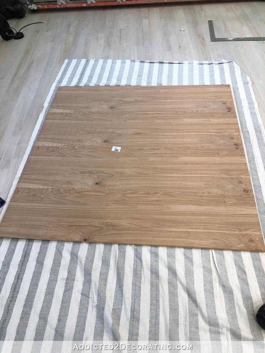 comment construire une grande table craft - 4 - contreplaqué coupé pour étagère du bas