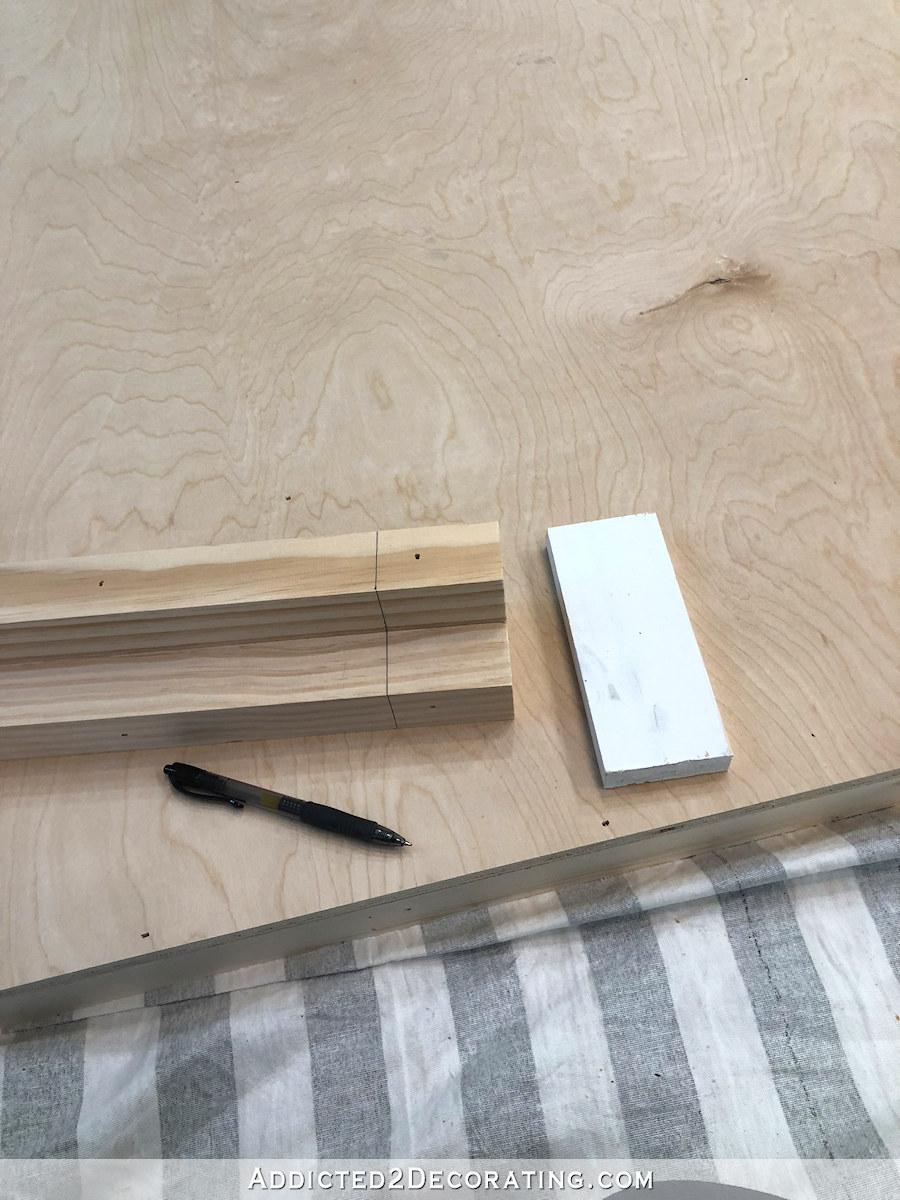 comment construire une grande table de bricolage - 9 - marquez les pieds pour le placement d'étagère