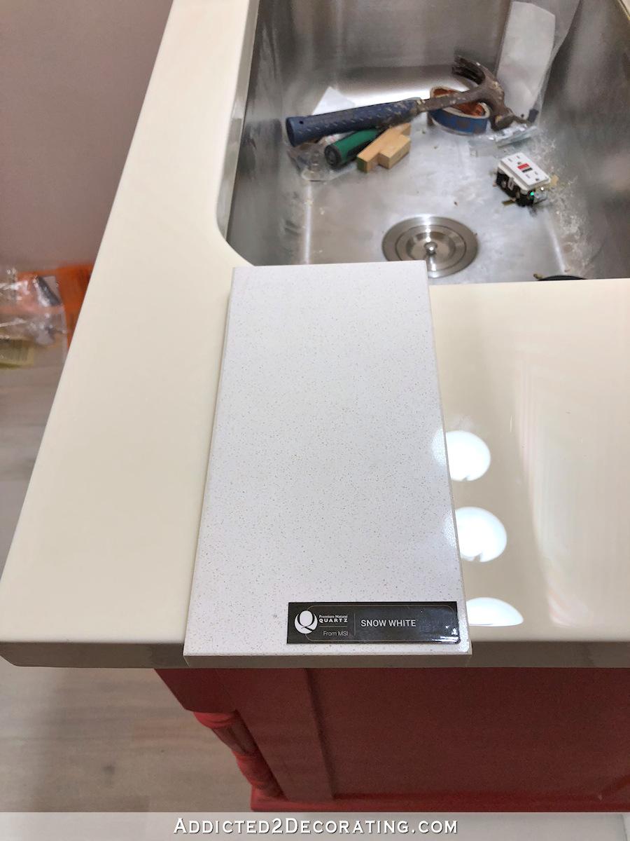 Nouveau quartz blanc neige pour demi-salle de bain