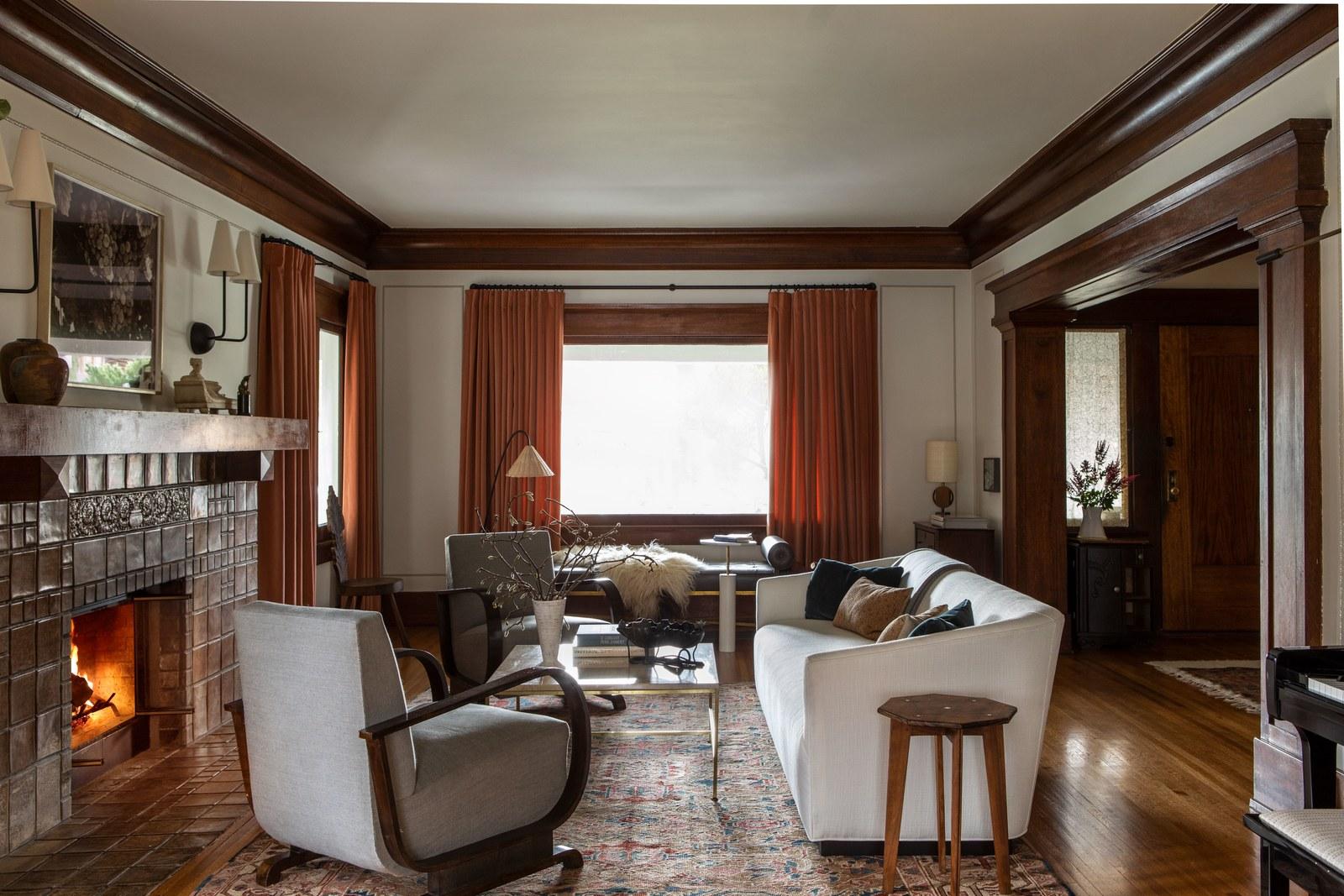 style moderne dans un salon d'artisan | visite de maison d'artisan historique moderne jacey duprie