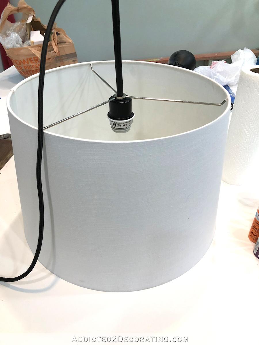 luminaire suspendu de Lowe's pour transformer l'abat-jour en luminaire suspendu
