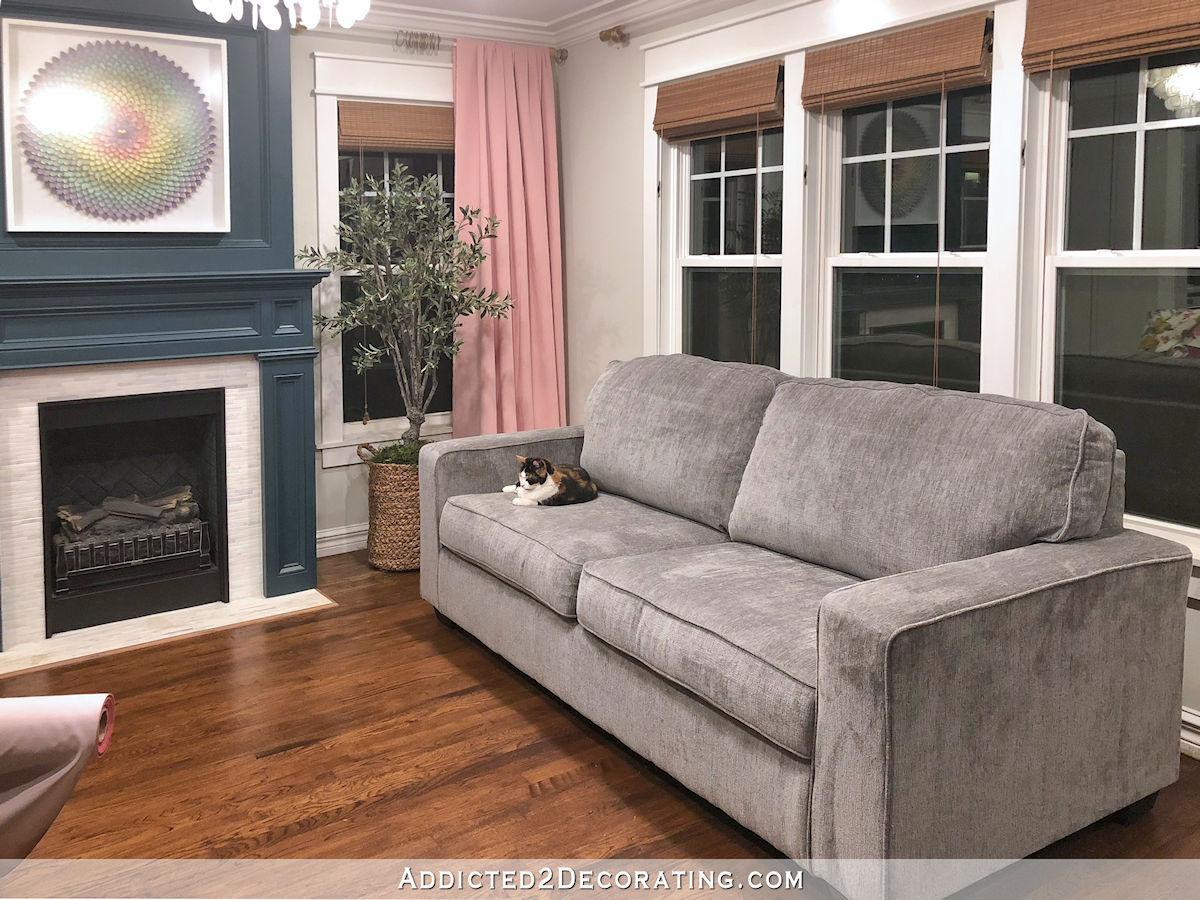 Nouveau canapé de salon en chenille grise